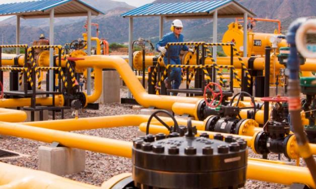 Exportaciones de hidrocarburos y minerales cerraron el 2020 con una caída del 28%
