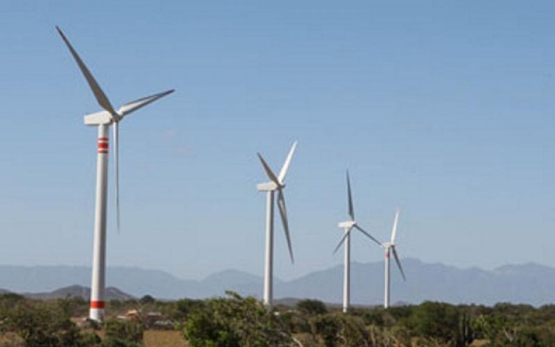 Incorporarán aerogeneradores con capacidad de 108 megavatios en parques eólicos de Santa Cruz