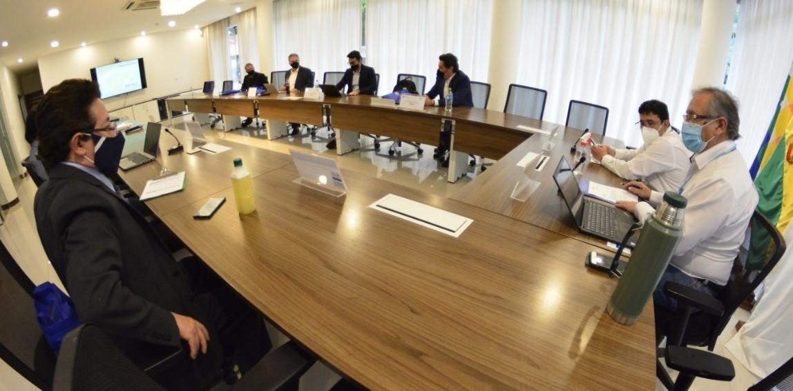 Empresa brasileña y YPFB conversan sobre oportunidades de negocio en energía y gas natural
