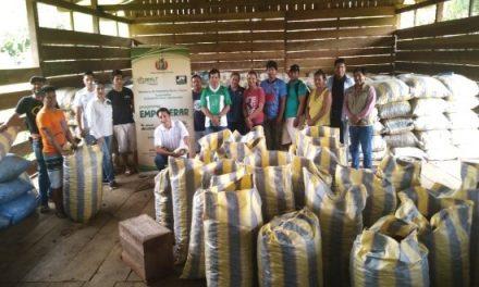 YPFB beneficia a 168 familias de pueblo Tacanas II con plan de negocio para comercializar castaña