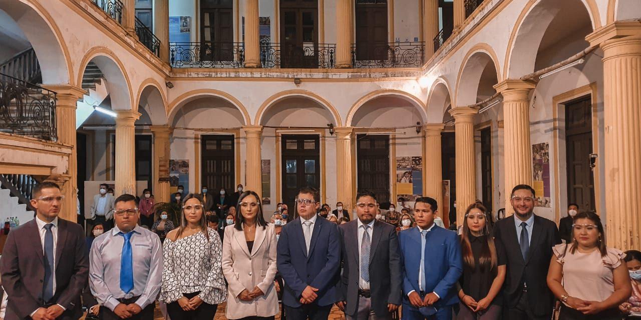Colegio de Politólogos cuenta con nueva directiva