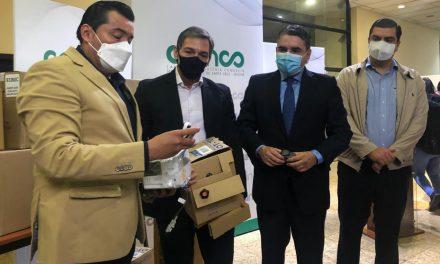 CAINCO con el apoyo de ASOBAN y empresas afiliadas, entrega equipos médicos como donación a la Alcaldía