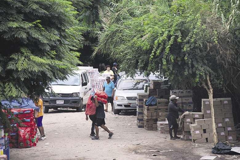 Devaluación y contrabando ponen en riesgo la producción de alimentos