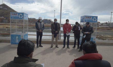 Fundación Coca-Cola Bolivia entrega contenedores a nueve municipios cercanos al Lago Titicaca