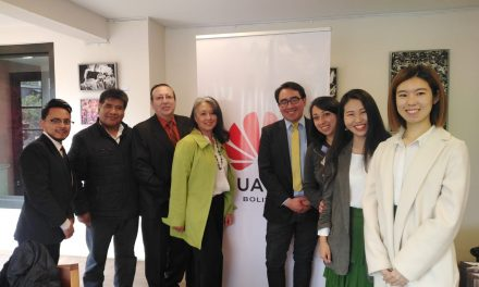 Programa de Capacitación en TIC del Talento Humano de Huawei, capacitará 4.000 docentes bolivianos.