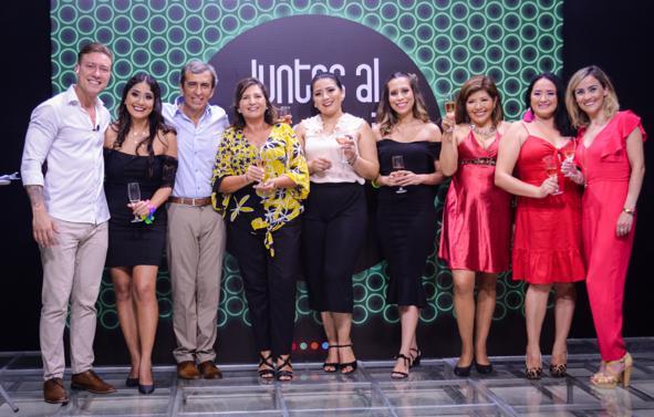 BISA Seguros celebra junto a sus colaboradores, sus 30 años de servicio.